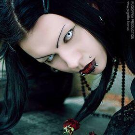 Demona dark