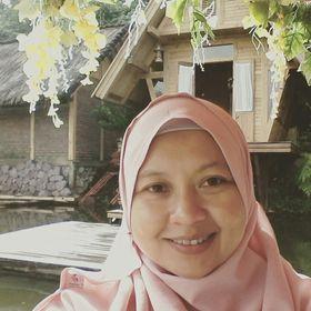 Endah Aisha