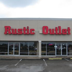 Rustic Outlet