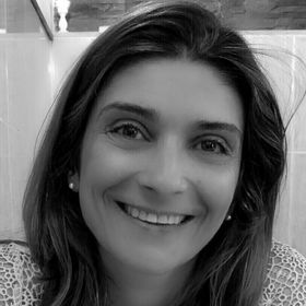 Carla Junqueira