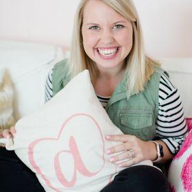 Kat Schmoyer | Creative Entrepreneur, Business Coach, Conference Founder + Wedding Planner