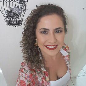 Letícia Polo