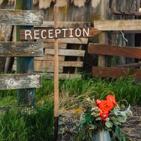 Jeanette's Rustic Signs