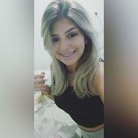 Caroline De Farias