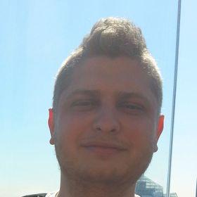 Aleks Deryło