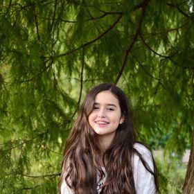 Gabriela Cardoso