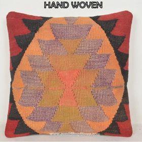 som kilim pillows