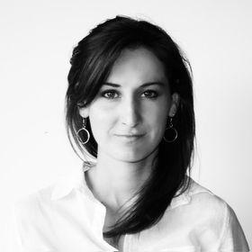 Anelle La Grange