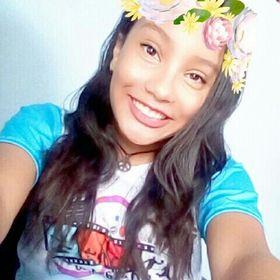 Emylia Oliveira