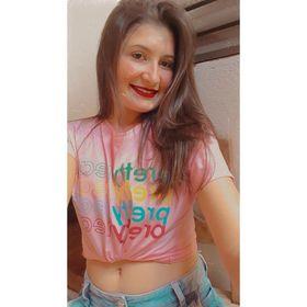 Débora Andrade