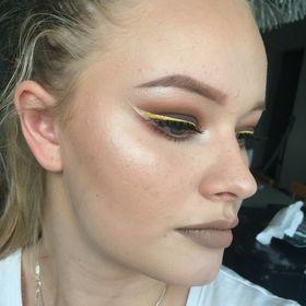 Aurora Hay