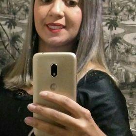 Deborah Ferreira
