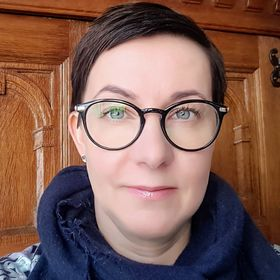 Annika Tiri