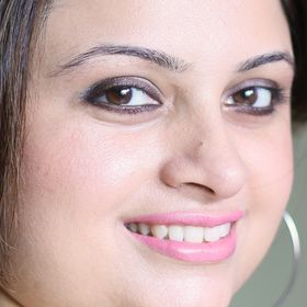 Ventuno Makeup