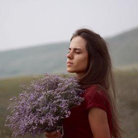 Юлия Тележонкова