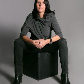 Claudia Christof
