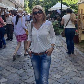 Melinda M Nagy