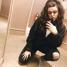 Kayla McDonald (lalakay12) on Pinterest e162aaae9b3