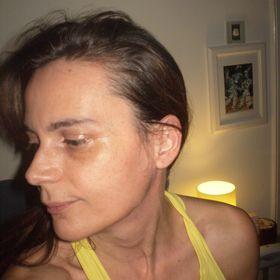 Vivian Andrea