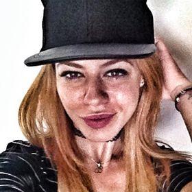 Andreea Stana