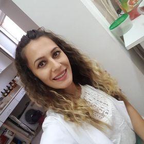 Mihaela Boros