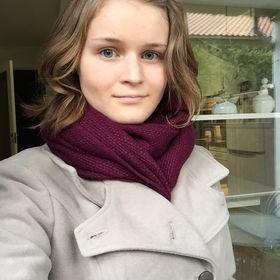 Astrid W