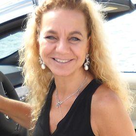 Gigi Cury