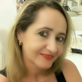 Claudia Aquino