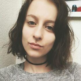 Petronela Solarova