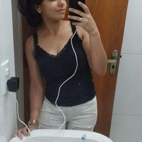 Nicolli Souza
