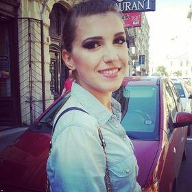 Alexandra Badea