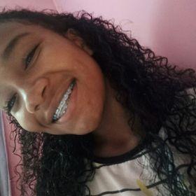Ana Luiza Mendes