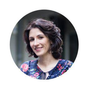 Anna Kovach | Love Astrology