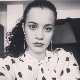Jennifer Sztyéhlik