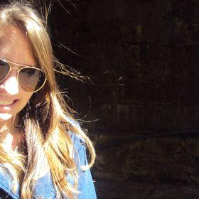 Ana Carolina Crestani