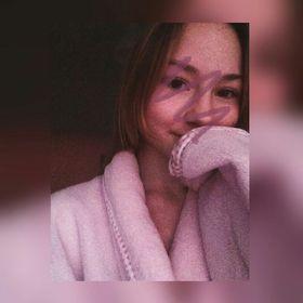 Эмилия Азизова