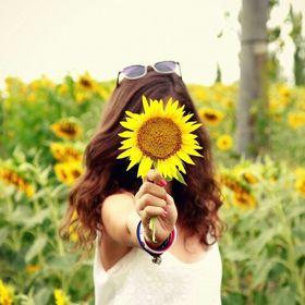 Fati Flowers