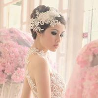 La Rose Bridal Specialist