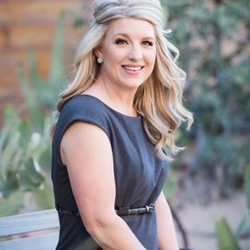 Las Vegas Elopement Officiant & Wedding Minister