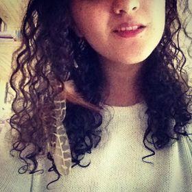 Yasmine Srh