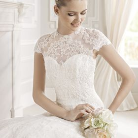 Laura Jacobs Bridal