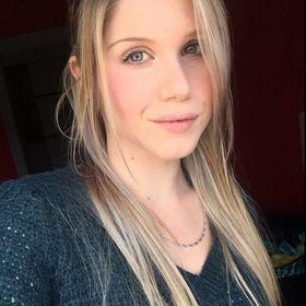 Christina Mireault