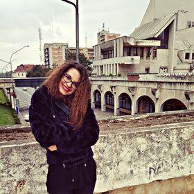 Roxana Varga