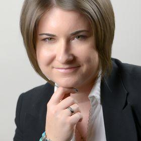 Andrea Hörömpő