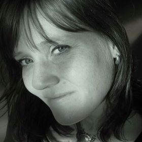 Martine Oostveen