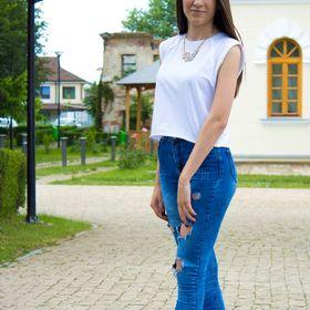 Andreea Dobre
