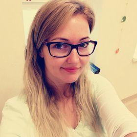 Mariann Szaka