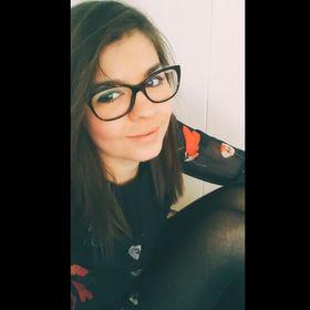 Laura Simonfalvi