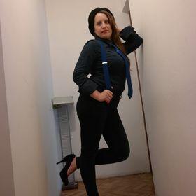 Zsuzsanna Kitti Internet-figyelő