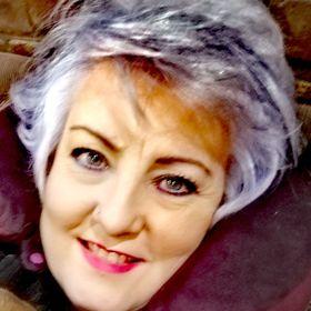 Leonie Esterhuizen